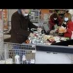 Koronawirus we Włoszech – brak dostaw owoców i warzyw, oblegane sklepy